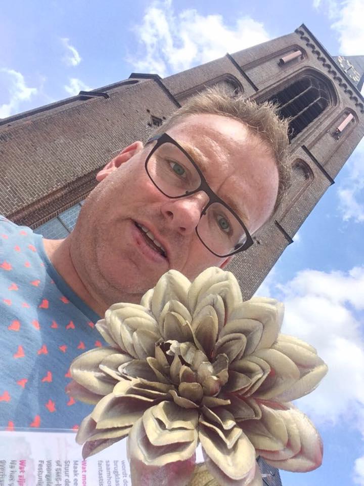De eerste Doorgeef Dahlia selfie